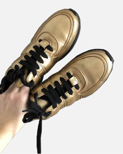 Chanel złote sneakersy